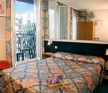 H tel de france quartier latin hotel paris france for Prix des hotels a paris
