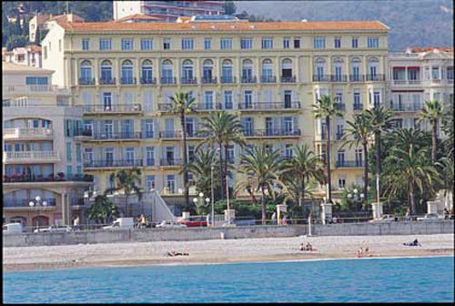 Le royal westminster hotel menton france prix for Les hotels les moins chers
