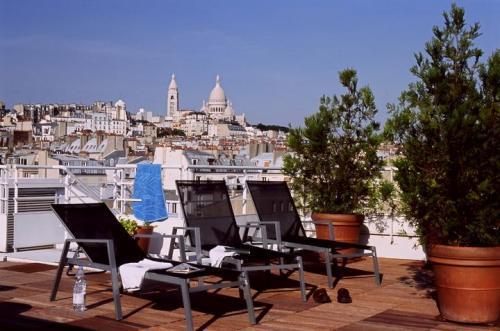 Citadines montmartre paris hotel paris null prix for Reservation hotel france moin cher