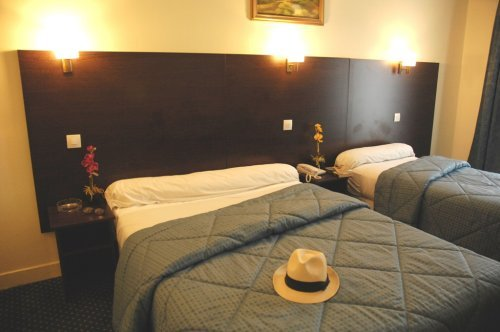 La vieille france hotel paris france prix r servation for Prix hotel france