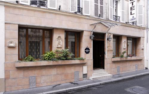 H tel de l 39 aveyron hotel paris france prix for Prix des hotels a paris