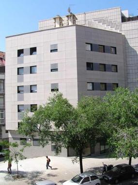 Apartamentos park g ell barcelona hotel en espa a descuentos de hasta un 30 - Apartamentos en barcelona booking ...