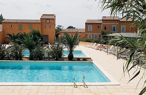 R sidence club maeva les mazets de camargue hotel arles for Arles appart hotel