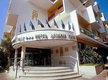Hotel astoria park hotel lloret de mar espagne prix for Prix de hotel