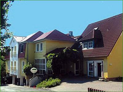 Haus Am Park Bad Hersfeld Hotel In Deutschland Jetzt 30 Gunstiger