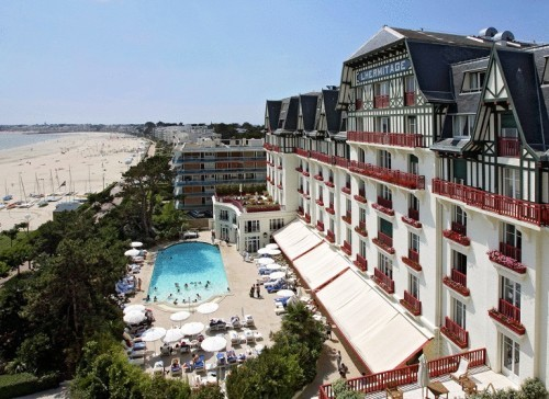 Hermitage barriere hotel la baule les pins null prix for Les prix des hotel