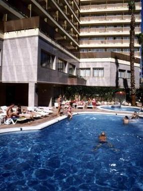 H top amaika hotel calella espagne prix r servation for Hotel pas cher catalogne