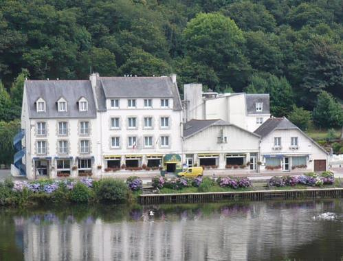 Au bon accueil hotel hotel chateaulin france prix for Reservation hotel france moin cher