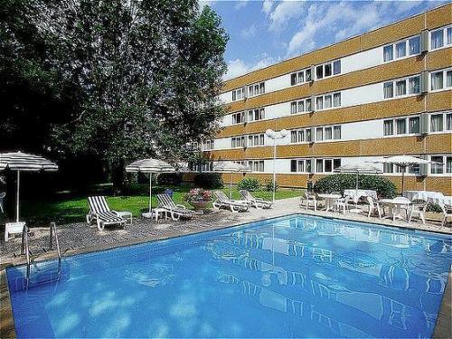 Novotel besancon hotel besancon france prix for Reservation hotel france moin cher
