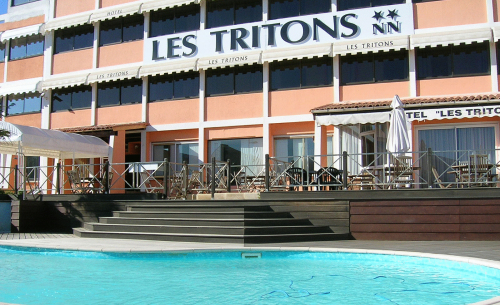 h tel les tritons hotel sete france prix r servation moins cher avis photos vid os. Black Bedroom Furniture Sets. Home Design Ideas