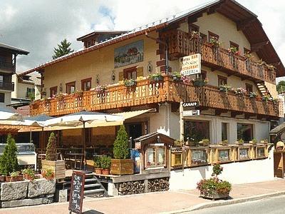 Logis joly site hotel combloux null prix r servation for Site pour reserver hotel pas cher