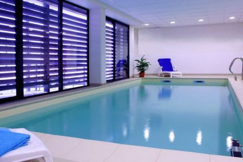 Adagio access orl ans hotel orleans france prix for Appart hotel paris avec piscine