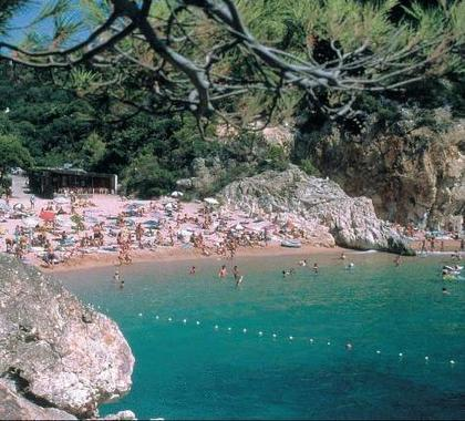 Camping Pola Tossa de Mar, Hotel Spain. Limited Time Offer!