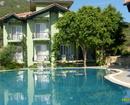 Club Nur Hotel