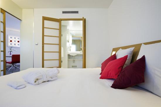 novotel paris porte d 39 orleans hotel paris france prix r servation moins cher avis photos. Black Bedroom Furniture Sets. Home Design Ideas