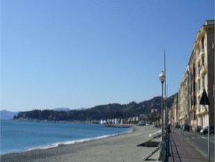 Prenotazione Soggiorno Al Nido a Varazze - hotel Italia. Offerte ...